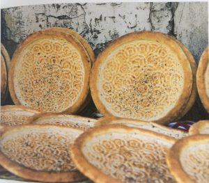 Non, bread and art in Uzbekistan